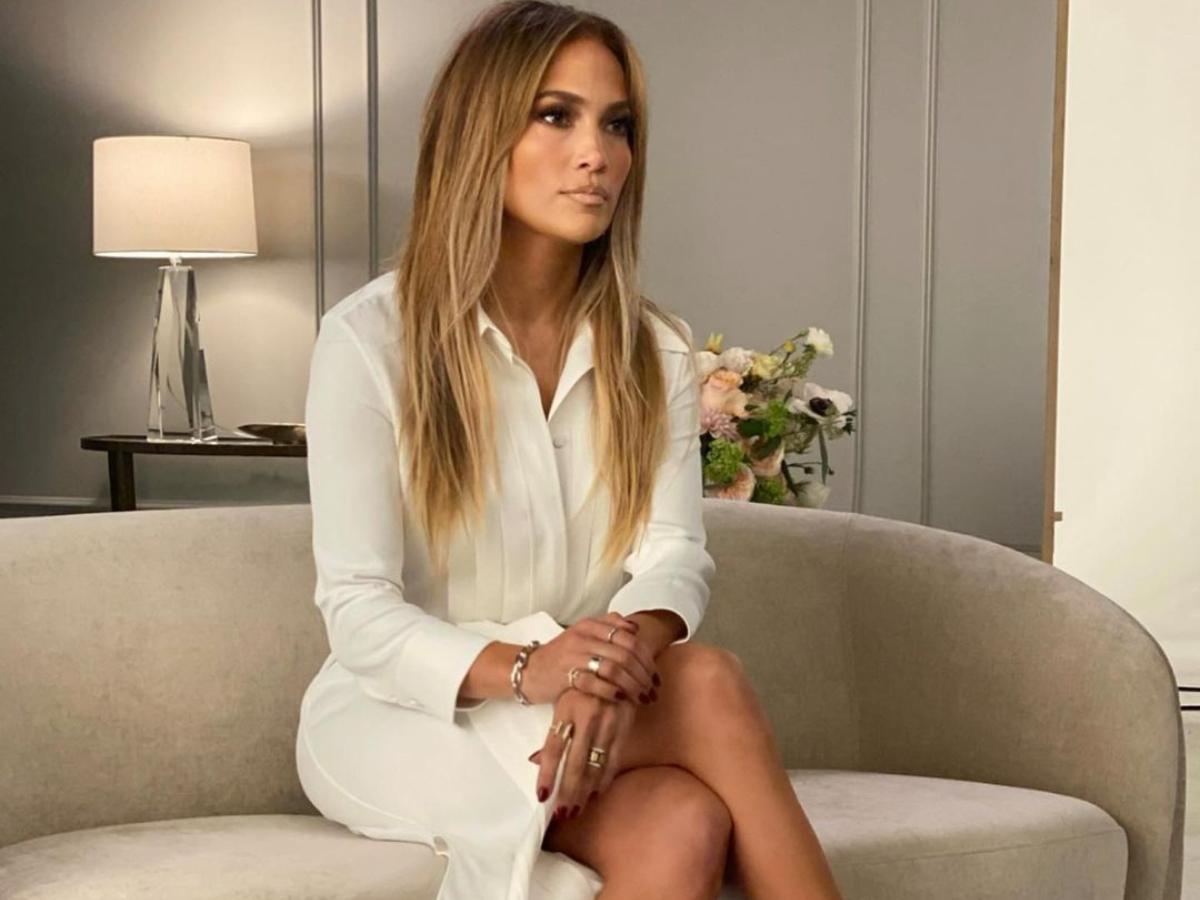 'Eχεις business meeting; H Jennifer Lopez σου έχει μία πολύ chic πρόταση