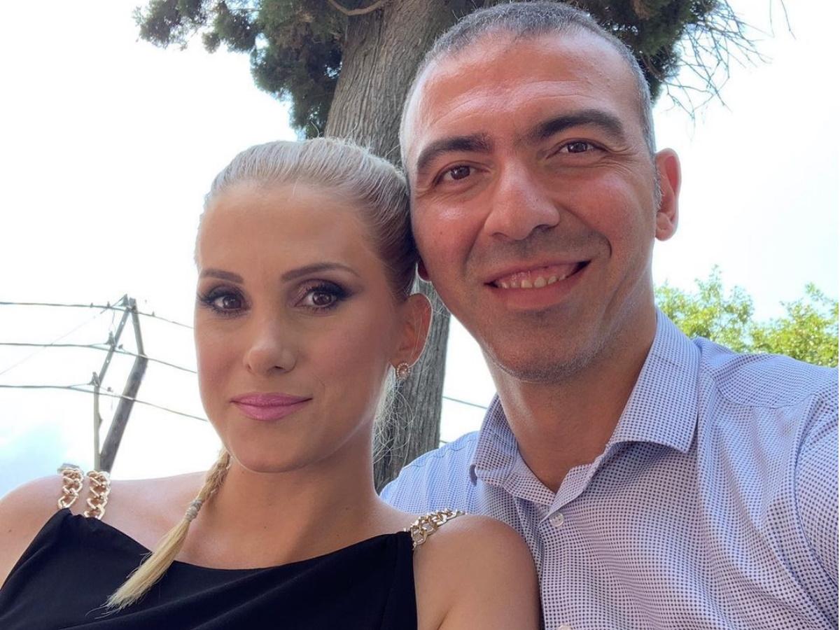 Αλέξανδρος Νικολαΐδης – Δώρα Τσαμπάζη: Βάφτισαν τον γιο τους – Δες τις πρώτες φωτογραφίες