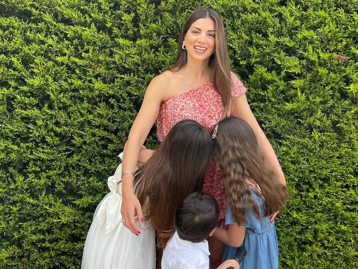 Σταματίνα Τσιμτσιλή: Υπερήφανη μαμά – Καμάρωσε τις κόρες της να παίζουν πιάνο