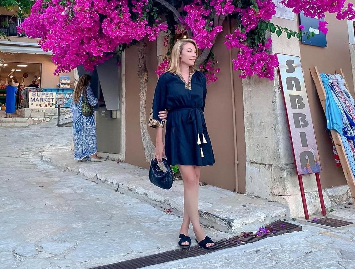 Τατιανα Στεφανίδου: Μαγεμένη από τις ομορφιές του Καστού – Το γραφικό ταβερνάκι που ανακάλυψε
