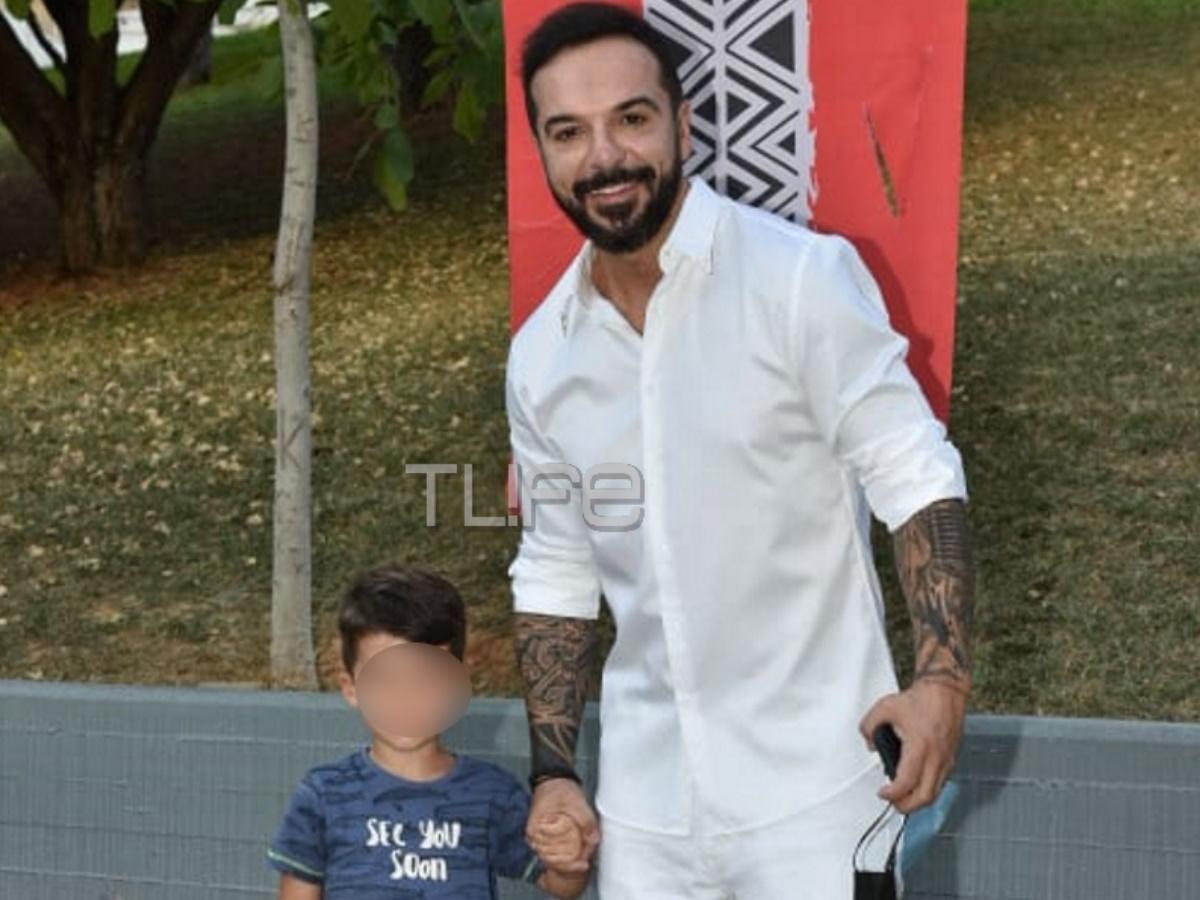 Survivor Τελικός: Ο Τριαντάφυλλος έφτασε στο Άλσος Βεΐκου συνοδευόμενος από τον γιο του Νικόλα