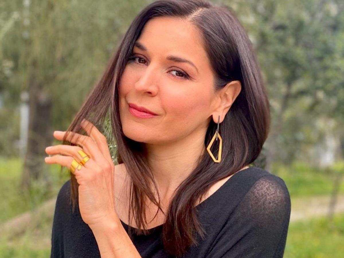 Βαλέρια Κουρούπη: Στα 47 της ποζάρει με μπικίνι και είναι super fit