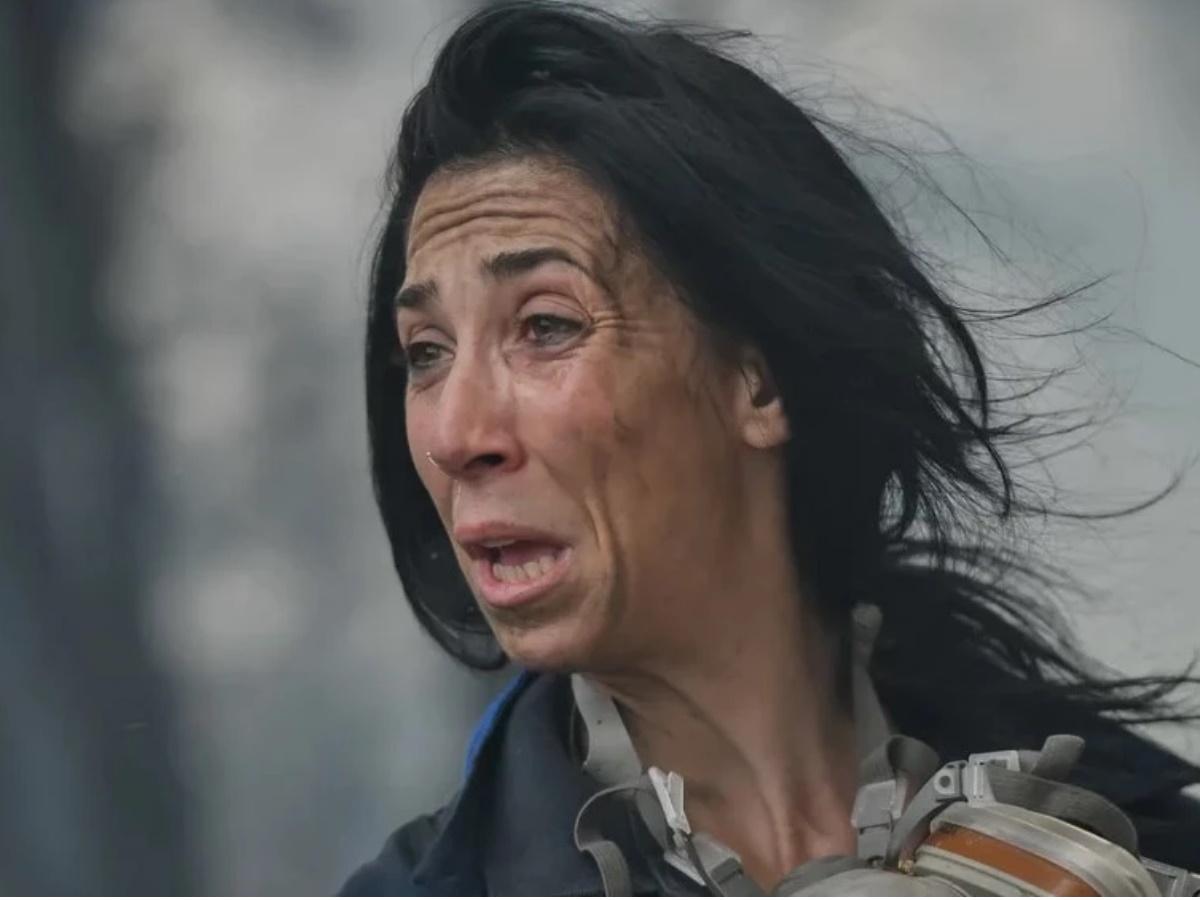 Κατερίνα Ιωαννίδου: Αυτή είναι η εθελοντής πυροσβέστης που στο πρόσωπό της αποτυπώθηκε όλος ο πόνος των τελευταίων ημερών