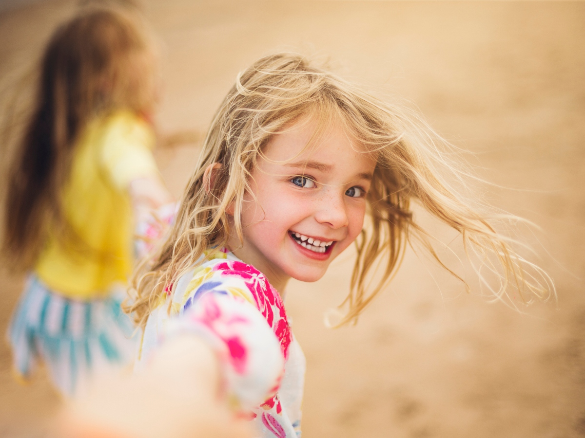 Οι συνήθειες που έχουν τα χαρούμενα παιδιά