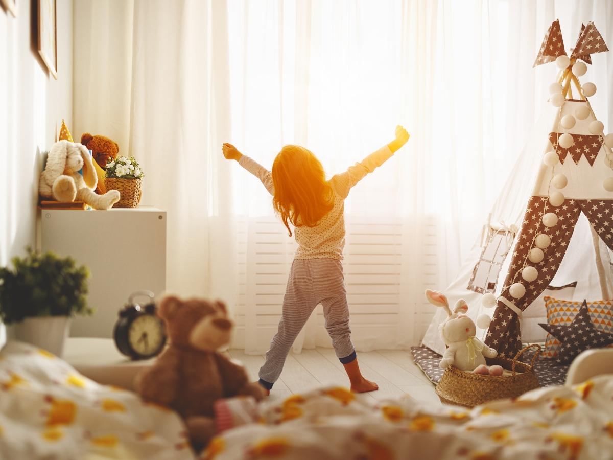 Πώς θα κάνεις το παιδί να ξυπνά και πάλι νωρίς μετά τις διακοπές