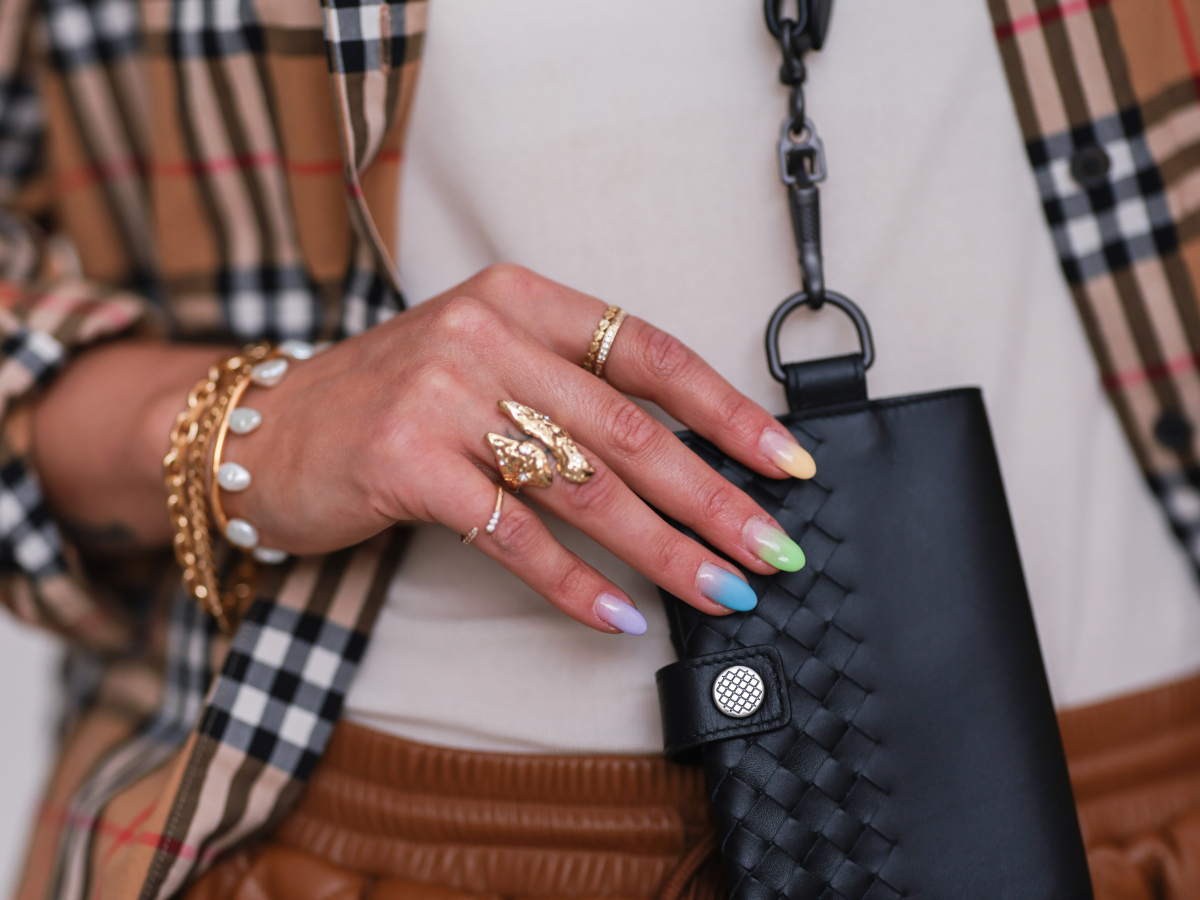 To μυστικό για να ξαναδώσεις λάμψη στα faux κοσμήματα σου