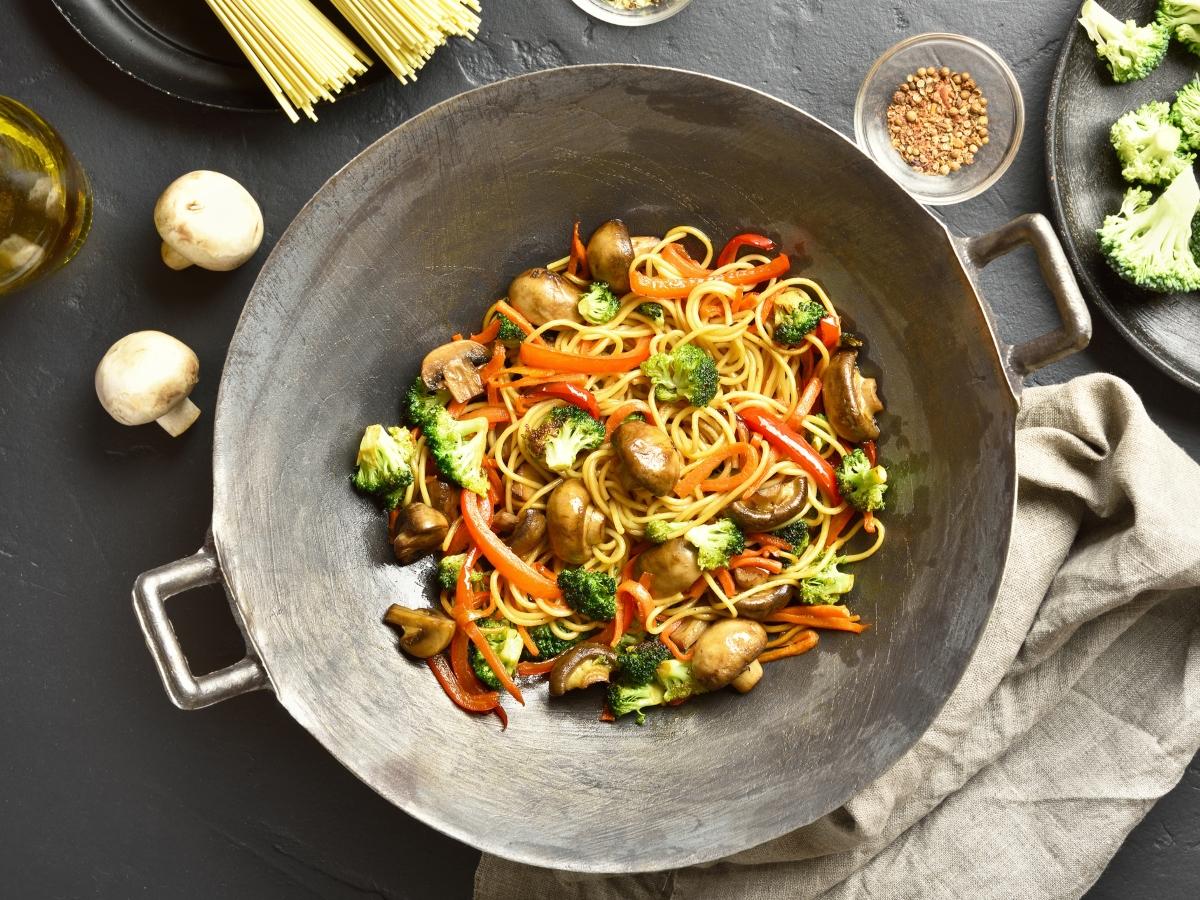 Συνταγή για light noodles με λαχανικά
