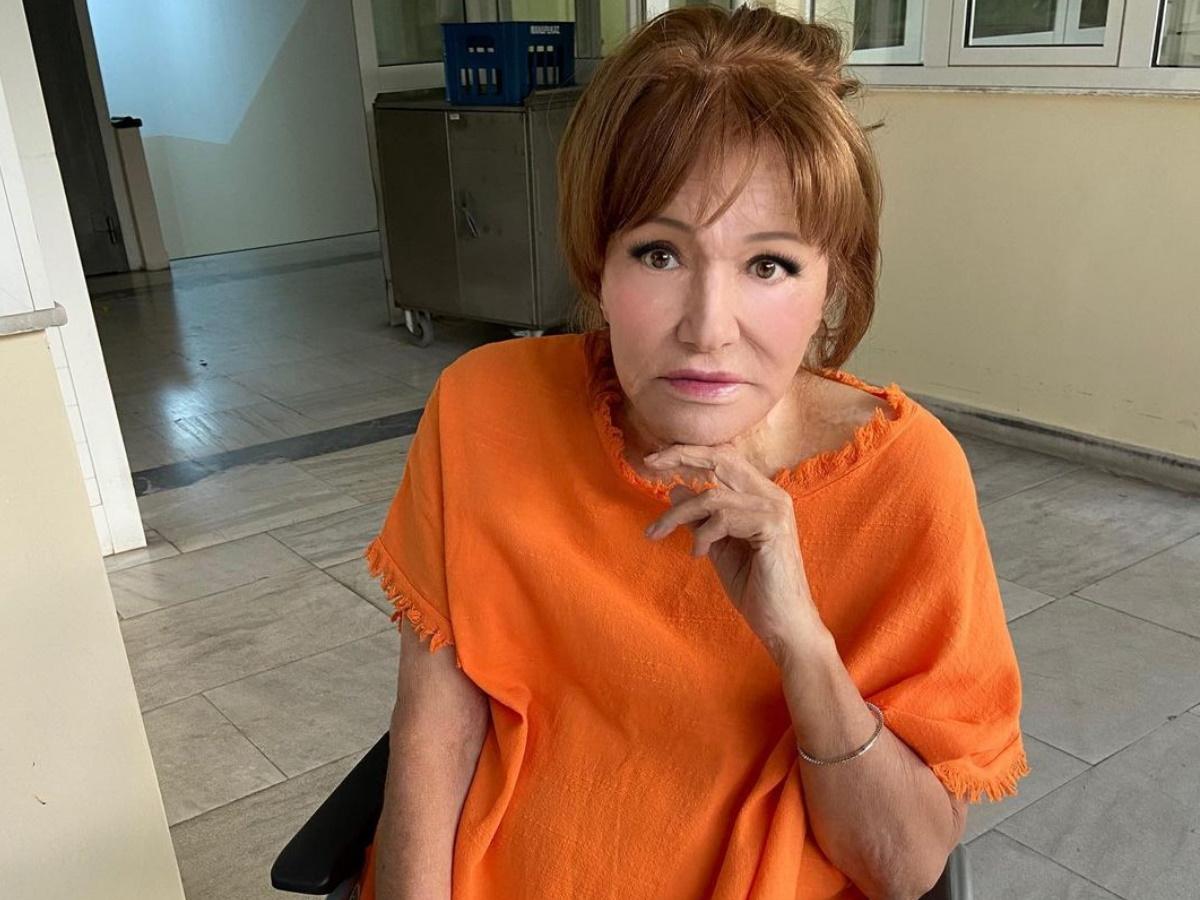 Μαίρη Χρονοπούλου: Νοσηλεύεται στο νοσοκομείο