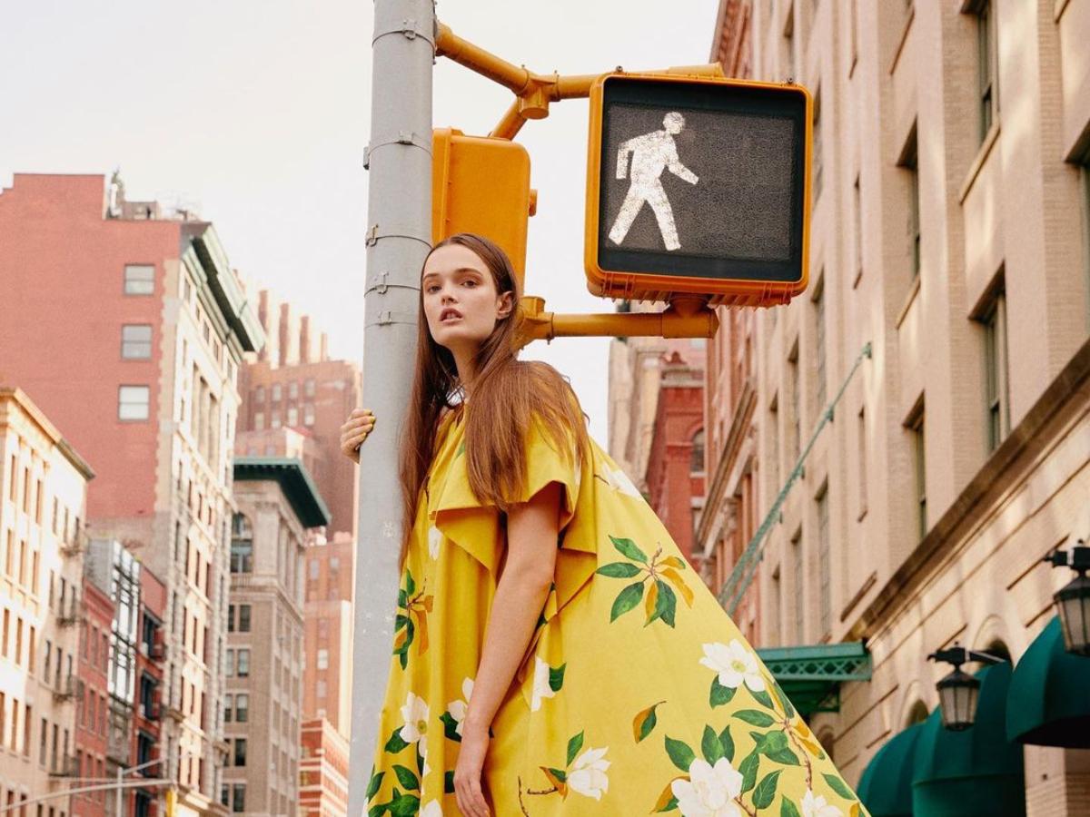 H νέα συλλογή του Oscar de la Renta φωτογραφήθηκε στους δρόμους της Νέας Υόρκης