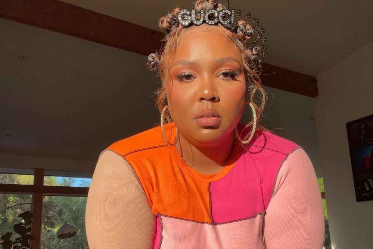 Αν έχεις ραντεβού με τη nail artist δες προηγουμένως το look της Lizzo