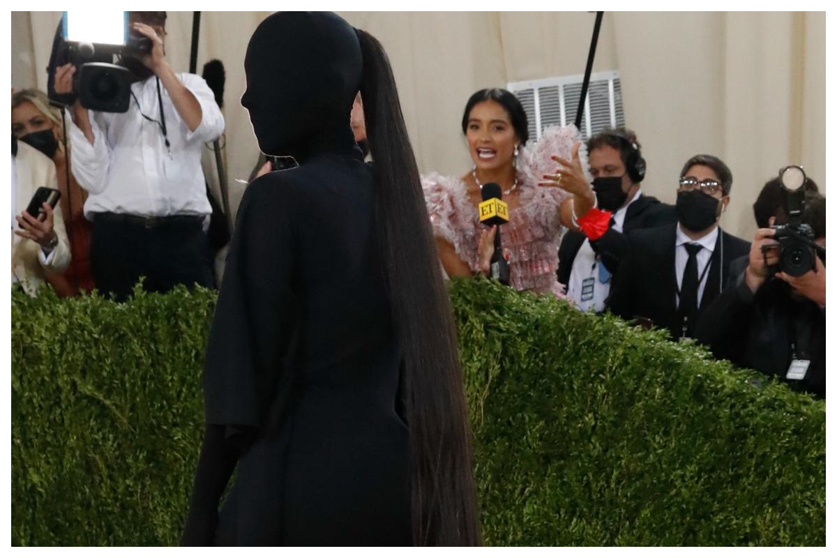 Όλες οι λεπτομέρειες για την iconic αλογοουρά της Kim Kardashian στο Met Gala