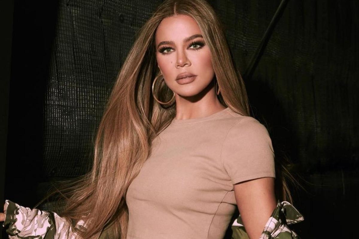 H Khloe Kardashian μόλις έβαψε τα μαλλιά της στο πιο συγκλονιστικό ξανθό ever