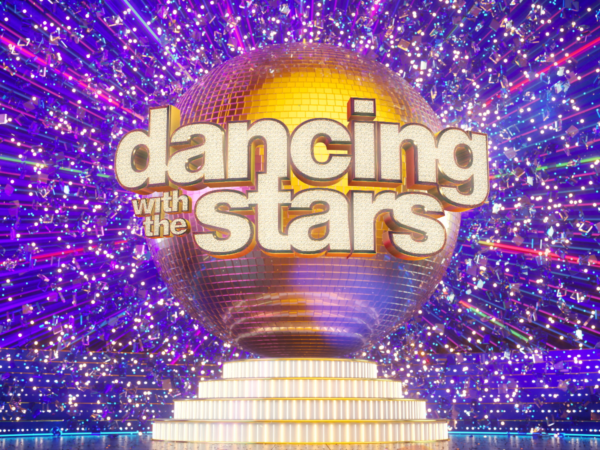 Dancing with the stars: Τα μέλη της κριτικής επιτροπής, ο συμπαρουσιαστής της Βίκυς Καγιά και οι διαγωνιζόμενοι