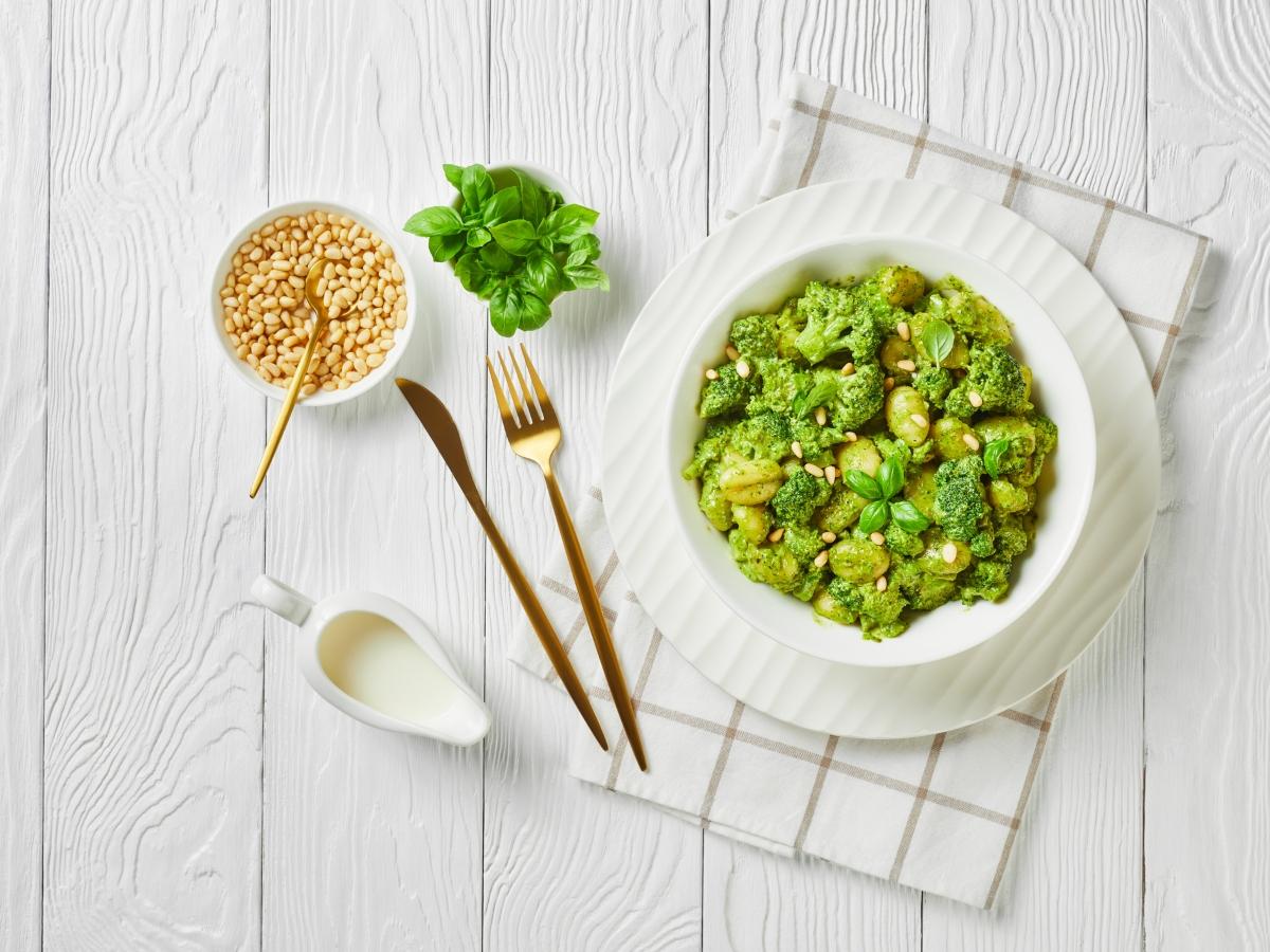 Συνταγή για νιόκι με μπρόκολο και ιδιαίτερο πέστο