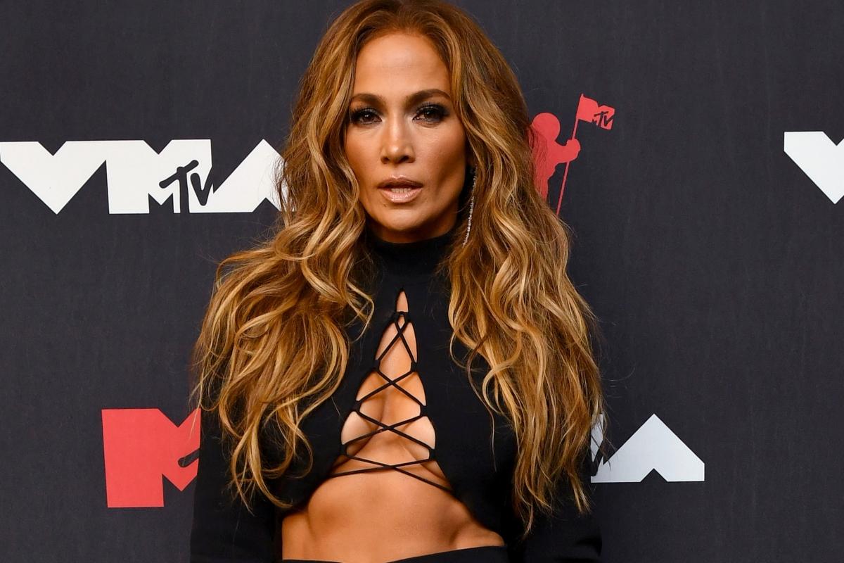 MTV VMAs Awards: Τα ωραιότερα beauty looks