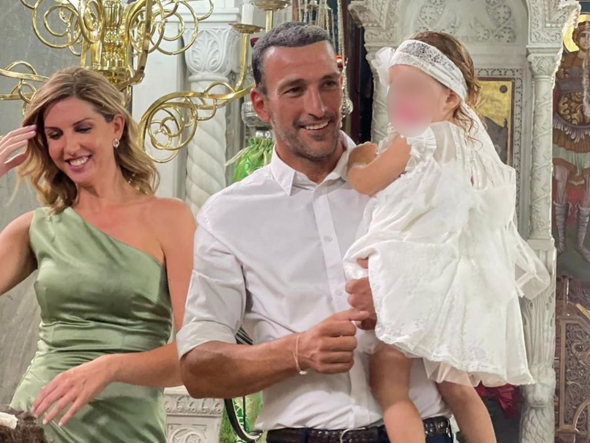 Μάνος Πανταζής: Βάφτισε την δεύτερη κόρη του – Φωτογραφίες