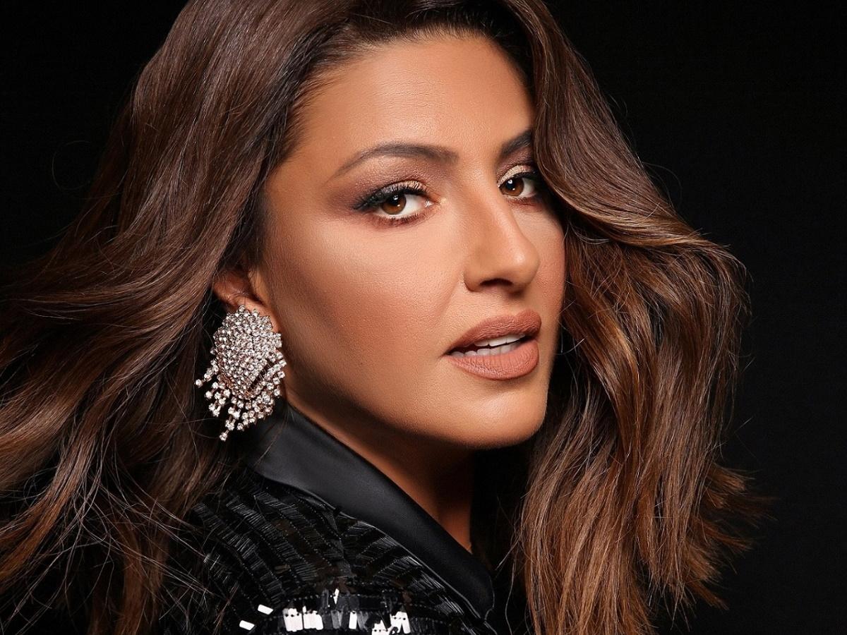 The Voice: Ανανεωμένη η Έλενα Παπαρίζου – Το νέο της hairlook