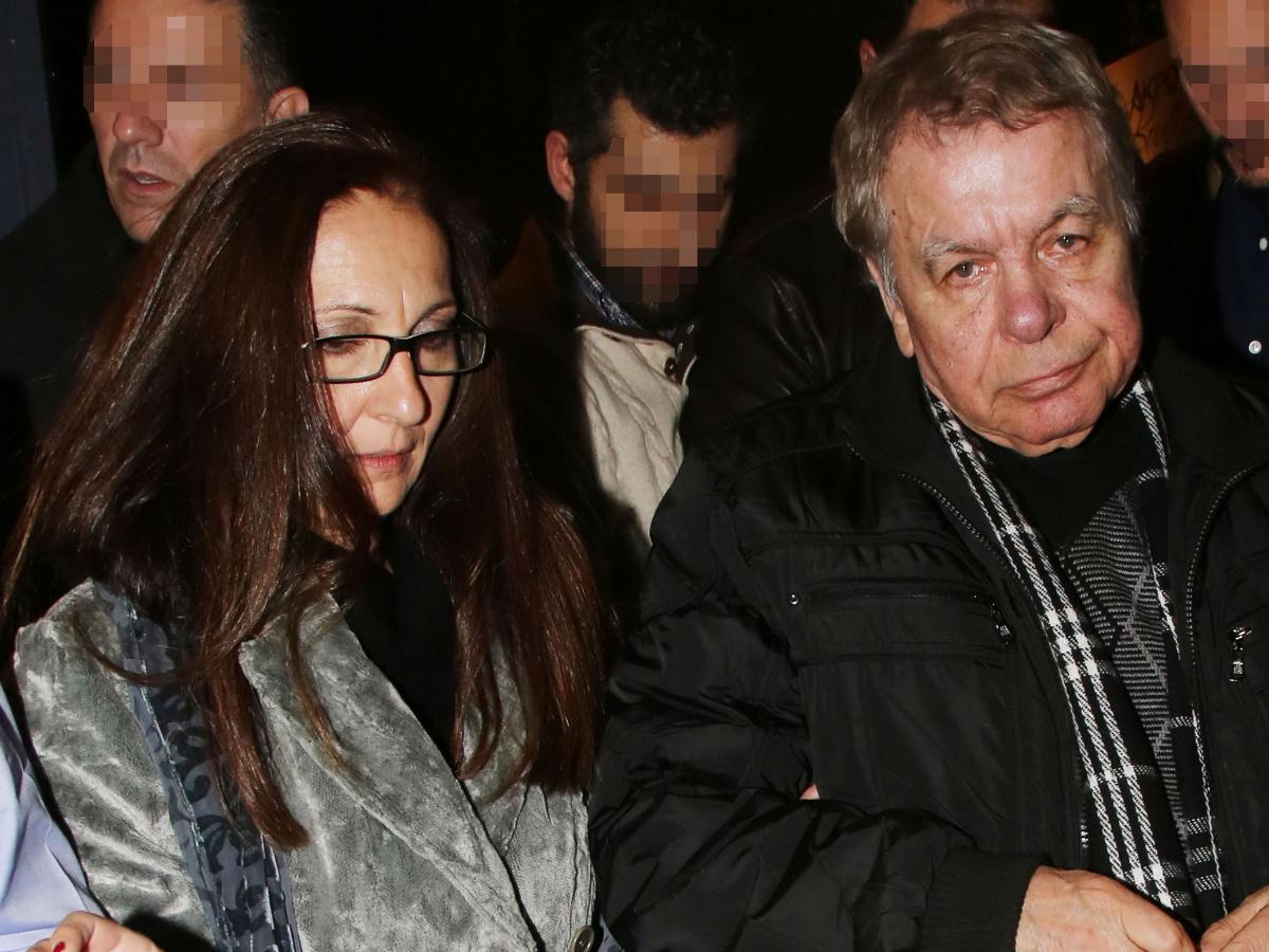 """Γιάννης Πουλόπουλος – Η σύζυγός του, Μπέττυ """"σπάει"""" τη σιωπή της έναν χρόνο μετά τον θάνατό του: """"Μαζί του έφυγα κι εγώ"""""""
