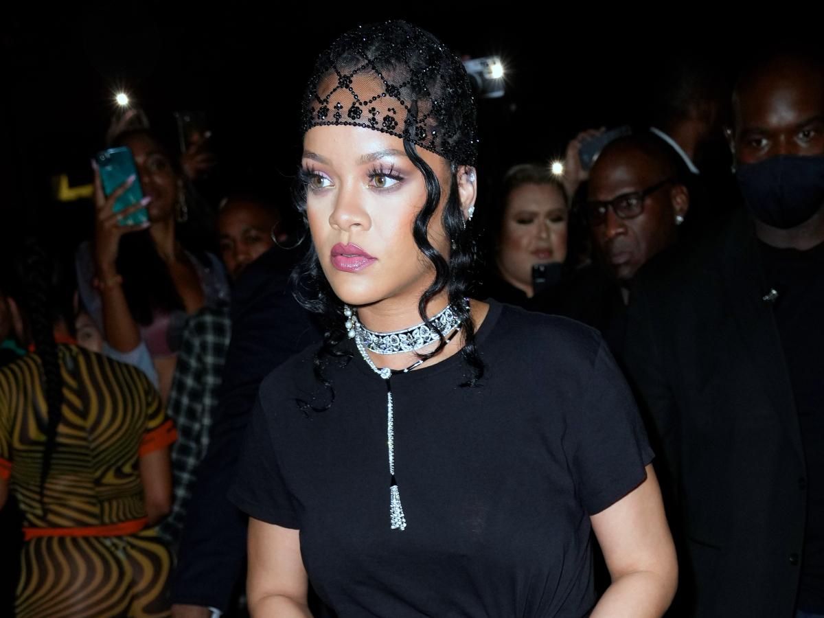 Met Gala: H Rihanna στο after party της με δημιουργία Έλληνα σχεδιαστή