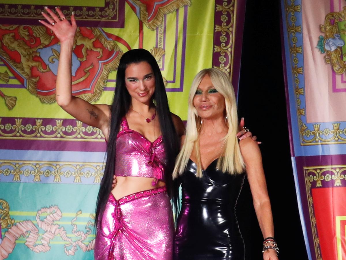 Δες το θεαματικό show του οίκου Versace