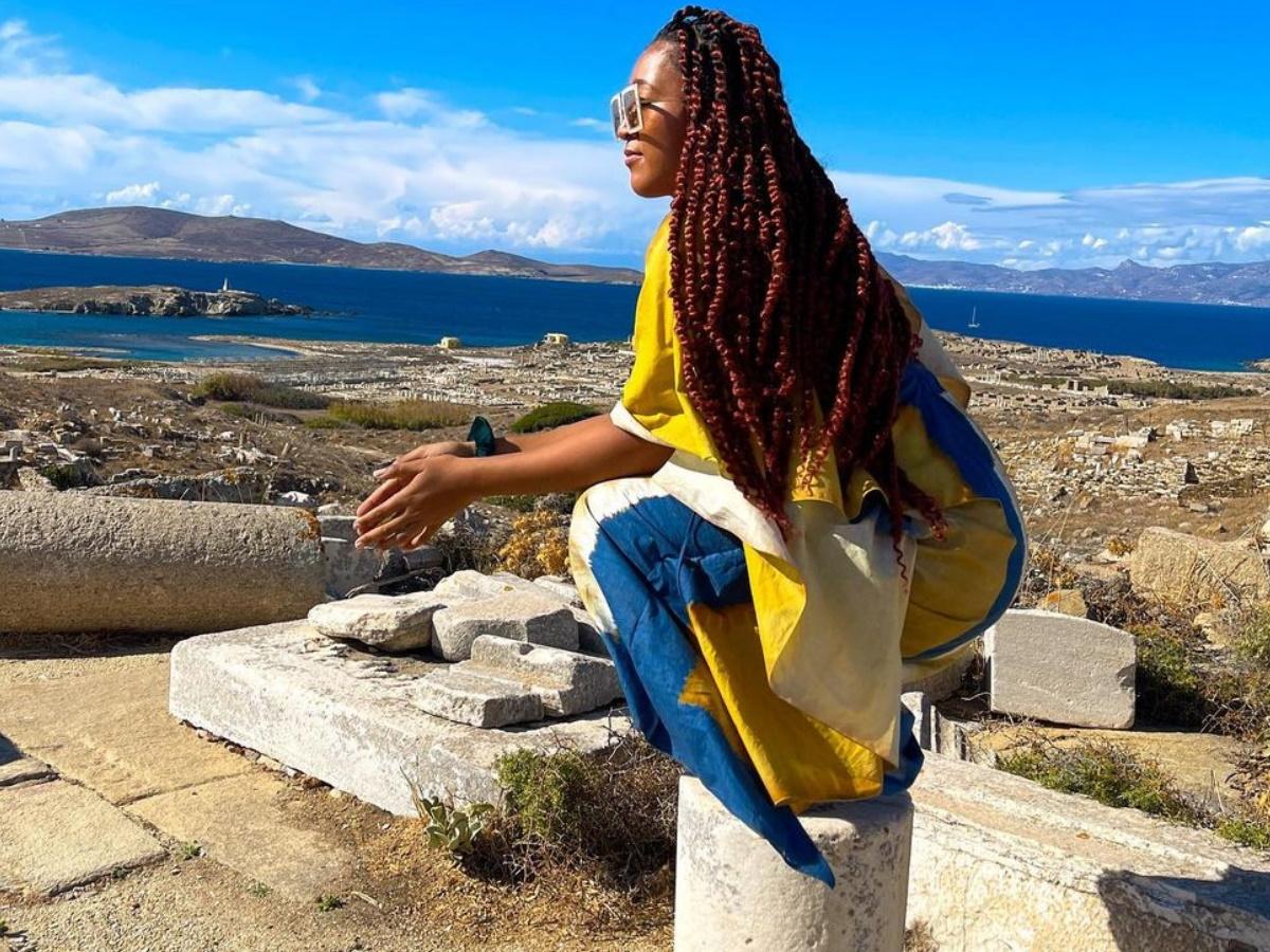 Ναόμι Οσάκα: Στην Ελλάδα η σπουδαία αθλήτρια – Φωτογραφίες από τις διακοπές της σε Μύκονο και Δήλο