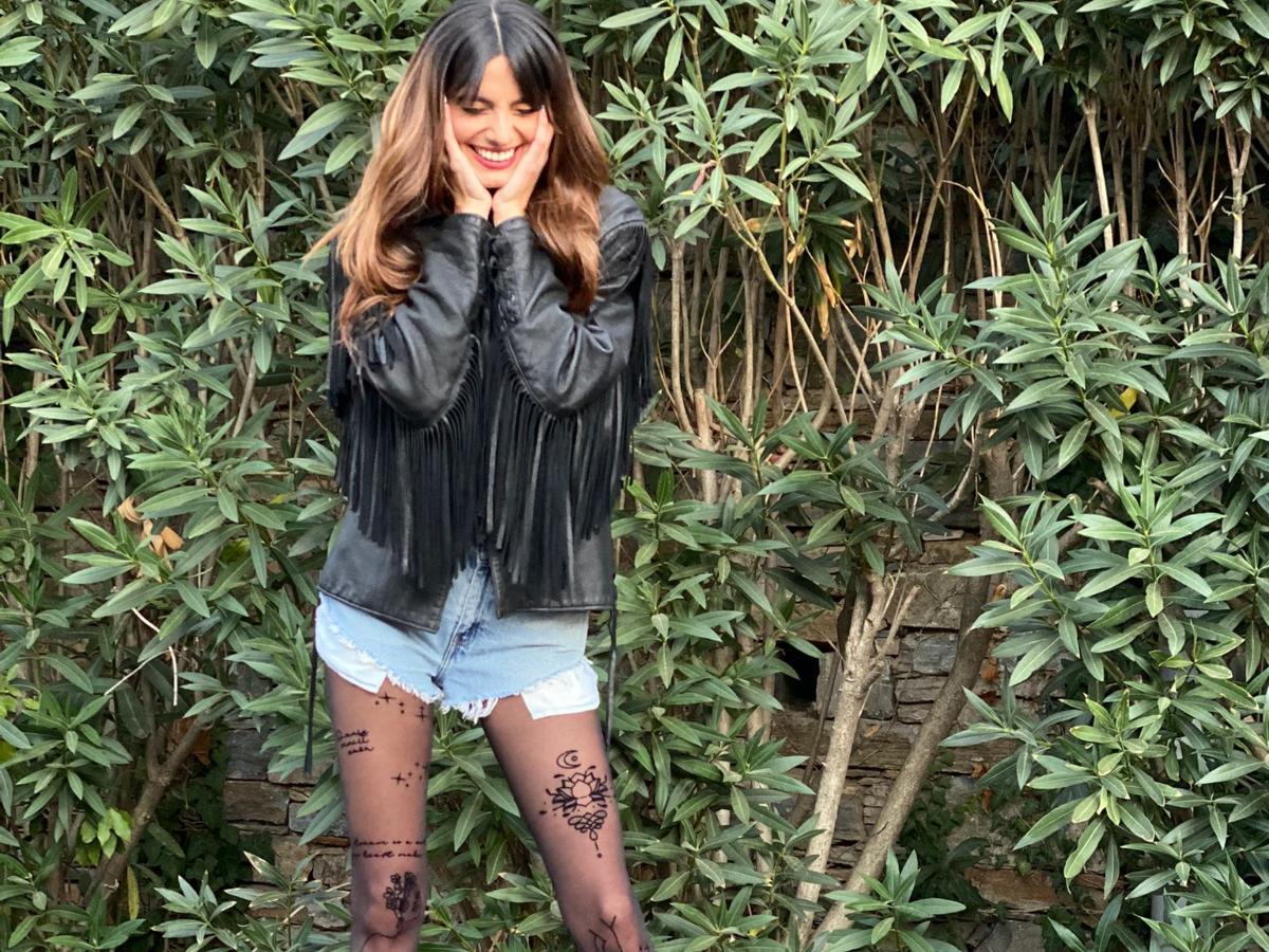 H Ηλιάνα Παπαγεωργίου φοράει το πιο cool καλσόν της σεζόν