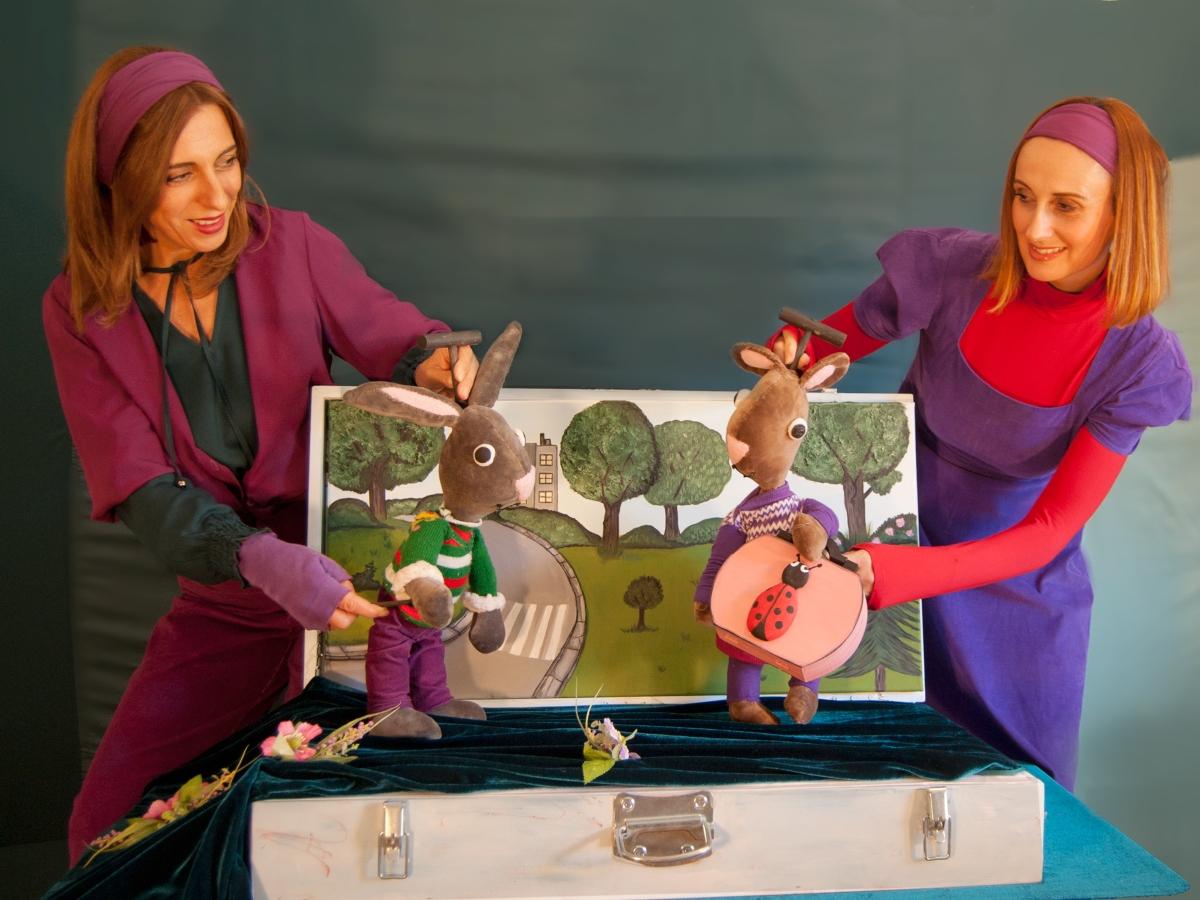 Η Παραμυθοχώρα προσκαλεί τους μικρούς μας φίλους σε μία υπέροχη κουκλοθεατρική παράσταση