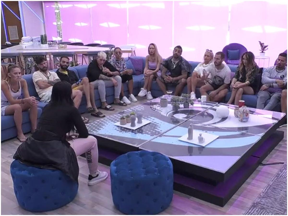 Big Brother: Τους κάλεσε στο σαλόνι και ανακοίνωσε επισήμως πως αποχωρεί